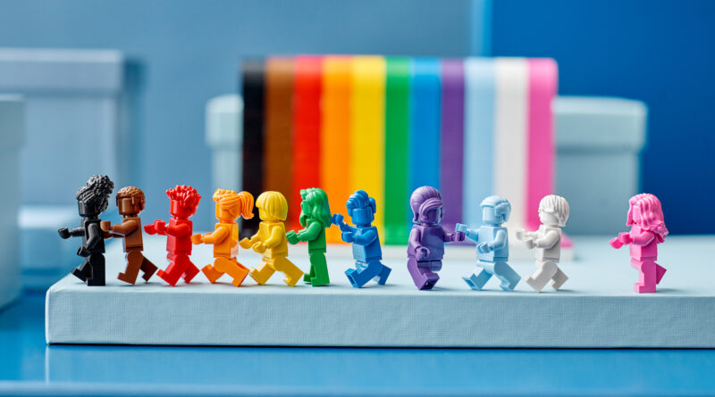 Everything is NOT Awesome: The Underlying Issues with LEGO's Pride Set